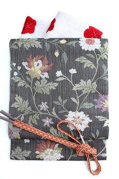 特選銀経綴れ袋帯銀糸入りつづれ織りフォーマル「花唐草文」黒地超軽量袋帯