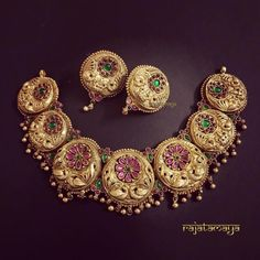 Fine Jewelry, Gold Jewelry, Jewelry Rings, Gold Necklace, Cartier Jewelry, Jewelry Quotes, Choker Necklaces, Jewelry Holder, Dainty Jewelry