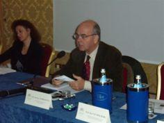 Renato Andreoletti (Direttore della rivista Hotel Domani e moderatore dell'evento) durante la tavola rotonda - V° GPAV @ Hotel Amadeus di Venezia.