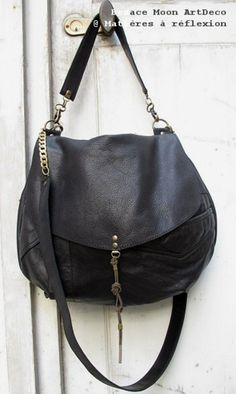 Besace Moon soft black vintage leather matieres a reflexion