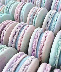 Saturdays are for Cotton Candy Macaron Magic photo by Jenna Rae (Sweet Recipes Candies) Mini Desserts, Dessert Recipes, Cookie Recipes, Candy Recipes, Plated Desserts, Healthy Desserts, Baking Recipes, Yummy Treats, Sweet Treats