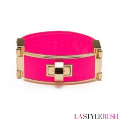 Don't we just LOVE CC SKYE Roosevelt Bangle! Featured in Lucky Magazine, this bracelet is designed with cowhide leather with a 18k gold plated buckle, CC Skye logo leather embossed at inner band, and twist lock closure. Get your neon Pink Roosevelt Bangle at LAStyleRush.com !