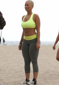 Amber Rose-I love that 1) she s a thick curvy woman and 2) 02dfd5f02