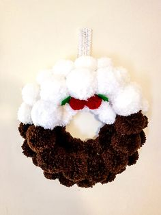 Christmas Pudding pom pom 35 cm couronne