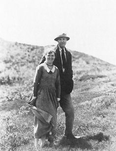 Hopper - Edward and Jo Hopper on Cape Cod, c. 1930  Married Josephine Niveson (she was strong willed and always wanted to drive).  All the women in his paintings are Josephine because she was so jealous.