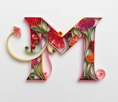 Letter M Quilling - Quilling Paper Crafts Arte Quilling, Ideas Quilling, Quilling Letters, Paper Quilling Patterns, Quilled Paper Art, Quilling Paper Craft, Paper Crafts, Origami, Monogram Letters