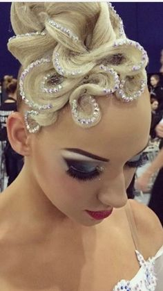 Latin Hairstyles, Wedding Hairstyles, Cool Hairstyles, Sexy Makeup, Hair Makeup, Dance Competition Hair, Ballroom Dance Hair, Hair Affair, Latin Dance
