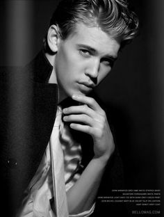 Austin Butler # Come back to carrie diaries!!