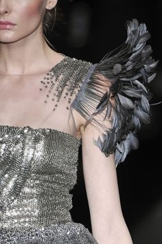 Valentino at Couture Fall 2009 - Details Runway Photos