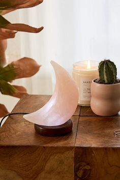 Shop Mini USB Moon Himalayan Salt Lamp at Urban Outfitters today. We carry all the latest styles, colors and brands for you to choose from right here. Urban Outfitters, Decoration Inspiration, Room Inspiration, Decor Ideas, Gift Ideas, Home Decor Accessories, Decorative Accessories, Bohemian Accessories, Hipster Accessories