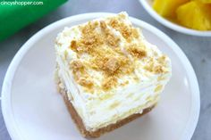 Pineapple Delight- Perfect cold dessert for summer bbqs or potlucks. So refreshing! Picnic Desserts, Cold Desserts, Frozen Desserts, Summer Desserts, Easy Desserts, Delicious Desserts, Yummy Food, Whipped Cream Desserts, Fluff Desserts