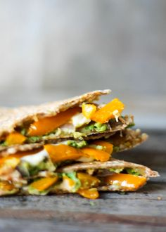 Pepper Jack, Avocado and Roasted Bell Pepper Veggie Quesadillas. SO GOOD and flavorful! #vegetarian