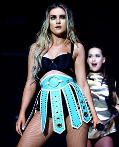 perrie edwards and little mix image Perrie Edwards Style, Little Mix Perrie Edwards, Perrie Edwards 2016, Little Mix Outfits, Little Mix Jesy, Jesy Nelson, Stage Outfits, Dance Outfits, Music Festival Outfits
