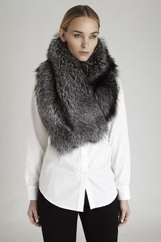 Oversized Fur Collar in Silver Fox, Gold Fox or Canadian Lynx.