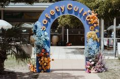 Wedding Backdrop Design, Summer Wedding Colors, Rainbow Flowers, Event Styling, Balloon Decorations, Event Design, Wedding Events, Wedding Styles, Backdrops