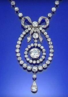 DIAMOND NECKLACE, CIRCA 1905, MILLEGRAIN-SET THROUGHOUT