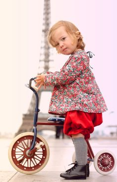 Le Carrousel \ oh cute! Cool Baby, Baby Love, Pretty Baby, Fashion Moda, Look Fashion, Kids Fashion, Cute Kids, Cute Babies, Baby Kids