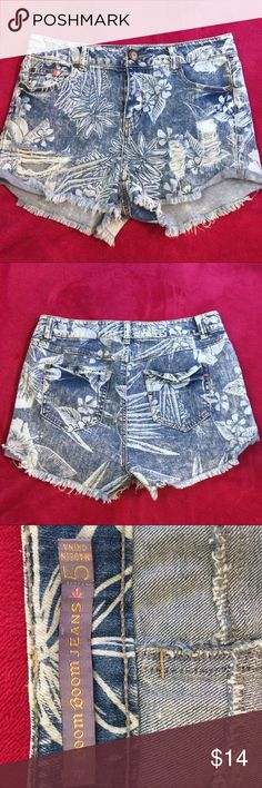 Boom Boom jean shorts Super fun and cute shorts! In great condition, never worn! From smoke free home! Boom Boom jeans Shorts Jean Shorts