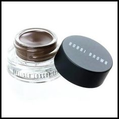 MakeupTip: If you're new to using eyeliner, start with a brown one as it is more natural looking and suits everyone! :)