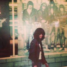 : Photo Ramones, Joey Ramone, Hey Ho Lets Go, 70s Punk, Black Like Me, Gabba Gabba, Iggy Pop, Club Kids, Led Zeppelin