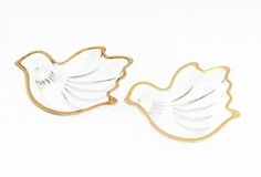 Vintage Dove Dishes - Sweet Doves in Gold Trim - Crystal Dove Plates trimmed in Gold - Trinket Dish/Small Plates - Vanity Trays/Organizers by VintageModernHip on Etsy