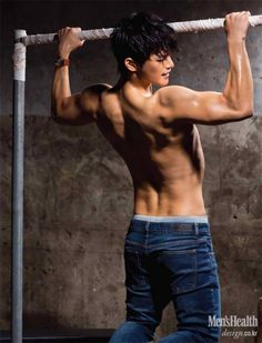 Seo In Guk is featured in September edition of Men's Health Korea. Check some photos of him here (and prepare your heart). Sexy Asian Men, Sexy Men, Asian Guys, Asian Actors, Korean Actors, Seo In Guk, Hommes Sexy, Korean Celebrities, Korean Men