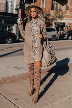 First Frost Cardigan In Taupe Booties Outfit, Long Boots Outfit, Over The Knee Boot Outfit, Winter Mode Outfits, Winter Fashion Outfits, Casual Fall Outfits, Autumn Winter Fashion, Stylish Outfits, Fall Dress Outfits