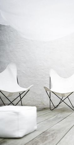 """butterfly chairs: also known as the BKF chair was designed by the Austral Group, in Buenos Aires, Argentina in 1938. The partners of the group were Antonio Bonet, Juan Kurchan and Jorge Ferrari Hardoy, so the chair was named """"BKF"""" after them."""