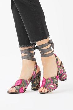 REENA Embroidered Tie Sandals