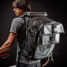 Mission Workshop Vandal backpack can expand from 29 to 65 liters. Tell me about space...