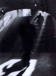 lesfemmesartistes:  Sabine Weiss, Sortie du Métro, 1955.