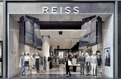 Reiss Eaton Centre | Toronto | d-raw : architectural and interior design collective