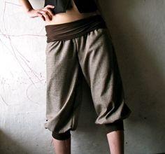 Very cute brown women's capri pants... I would rock these, no shame.