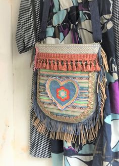 Check this Ibiza bag with heart, amazing!