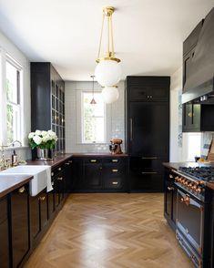 Home Interior Modern .Home Interior Modern Luxury Kitchen Design, Best Kitchen Designs, Interior Design Kitchen, 1920s Interior Design, Interior Colors, Black Kitchens, Luxury Kitchens, Home Kitchens, Kitchen Black