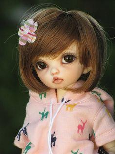 Littlefee Bisou by ElfinHugs, via Flickr  made by fairyland