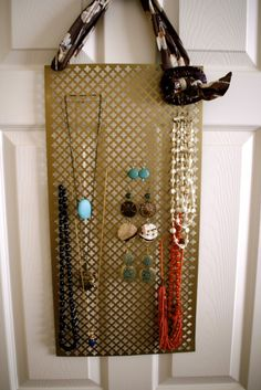Top 17 Creative DIY Ideas for Jewelry Hangers