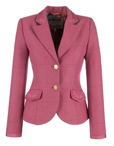 simple style for soft gamine /rounded edged /very fitted Corporate Wear, Pink Tweed Jacket, Tweed Blazer, Rosa Blazer, Blazer Jackets For Women, Tweed Jackets, Outerwear Jackets, Suits For Women, Clothes For Women