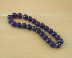 25 x Amethyst Beads/8mm Amethyst Beads/8mm Deep Purple Faceted Beads