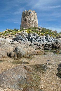 The old Saracen tower in Barisardo, #Ogliastra