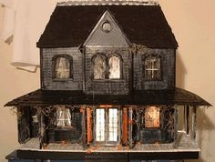 What's Bubbling At Cauldron Craft Miniatures?: Haunted Dollhouse Video & Gallery by DollzMaker