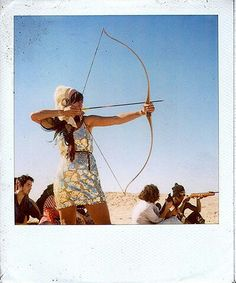 Image discovered by Annie. Find images and videos about girl, arrow and archery on We Heart It - the app to get lost in what you love. Memories Photography, Life Photography, Hey Boo Boo, Female Armor, Soul Shine, Traditional Archery, Fantasy Fiction, Archery Hunting, French Girls