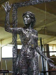 Amazing Figurative Sculptures Welded from Steel Scraps - My Modern Metropolis