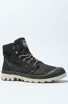 The Pampa Hi Lite Leather Boot in Black