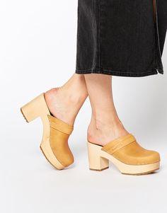 Schuhe von Swedish Hasbeens weiches Obermaterial aus Leder ohne Verschluss gerundete Zehenpartie hoher Blockabsatz dicke Plateausohle mit geeignetem Pflegemittel behandeln Obermaterial aus 100% echtem Leder Absatzhöhe: 8 cm (3 Zoll)