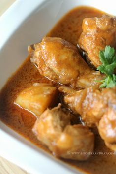 Chicken Cunpir Miri ~ Mangalorean Catholic Style Coriander and Pepper Curry Without Coconut