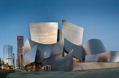 Walt Disney Concert Hall (1999–2003) - Frank Gehry #Arquitectura