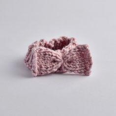 Gestricktes Stirnband mit Masche für Babys Babys, Floral, Flowers, Accessories, Fashion, Knitted Headband, Handmade, Products, Children