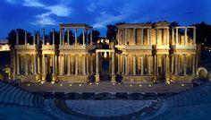"""Teatro romano de Mérida. Entrada """"Hispania romana"""" (08-06-15), en el blog """"Individuo-Sociedad-Cultura-Espacio). Enlace: http://cienciashumanasysociales.blogspot.com.es/2015/06/hispania-romana.html"""