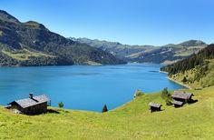 Savoie : Cormet de Roselend (©-Frédéric-Proch - Fotolia) Albertville France, Beautiful World, Beautiful Places, Alpine Lake, Destination Voyage, Rhone, Rafting, Trip Planning, Paris France